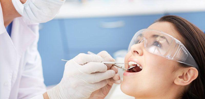 Extracción dental en Jaén